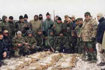 Vinatoare colectiva la iepure - AVPS Vulturul